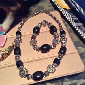 So unique necklace set